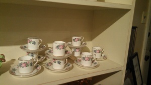 I thought this set of demitasse cups was sooo pretty!!!