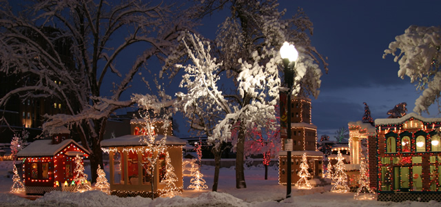 christmas_village_streetview_640