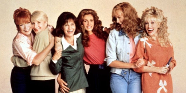 STEEL MAGNOLIAS, Shirley MacLaine, Olympia Dukakis, Sally Field, Julia Roberts, Daryl Hannah, Dolly Parton, 1989