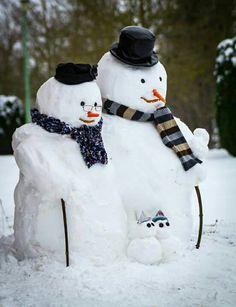 two-snowmen