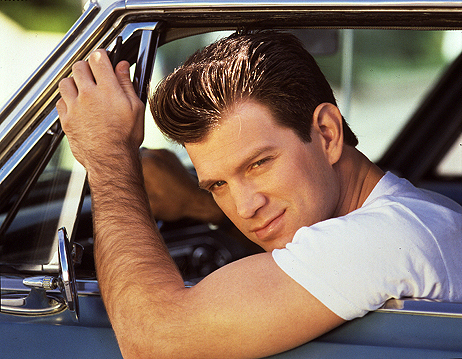 Chris Isaak (1)