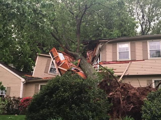 Tornado CHESHIRE