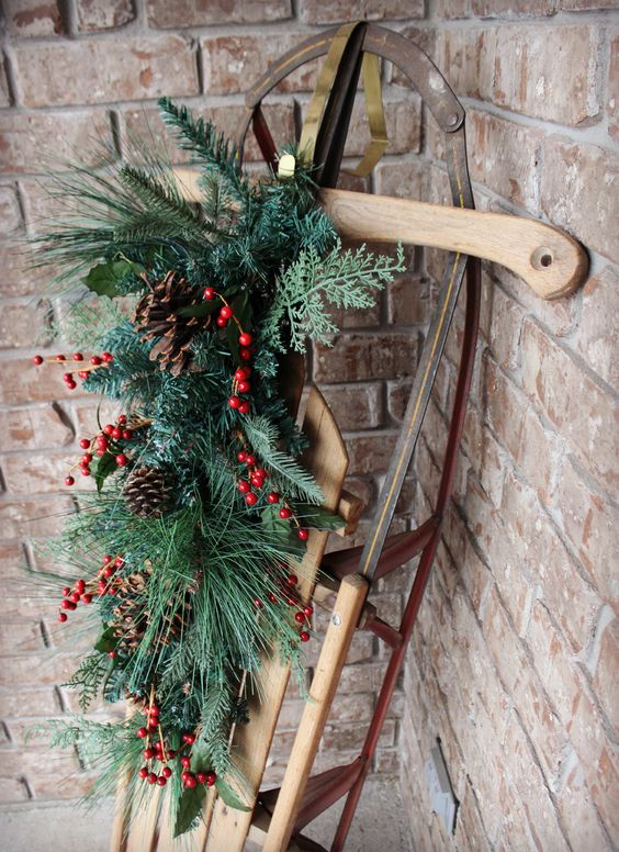 rustic holiday sleigh