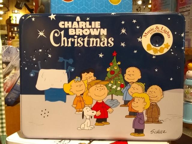 Peanuts tin.jpg